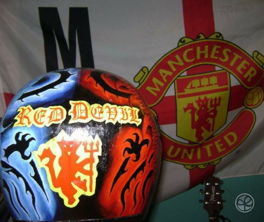 Manchester United themed helmet